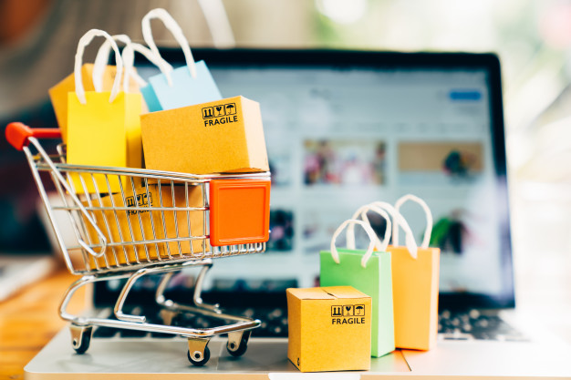 ECOMMERCE PLATFORM MANAGEMENT
